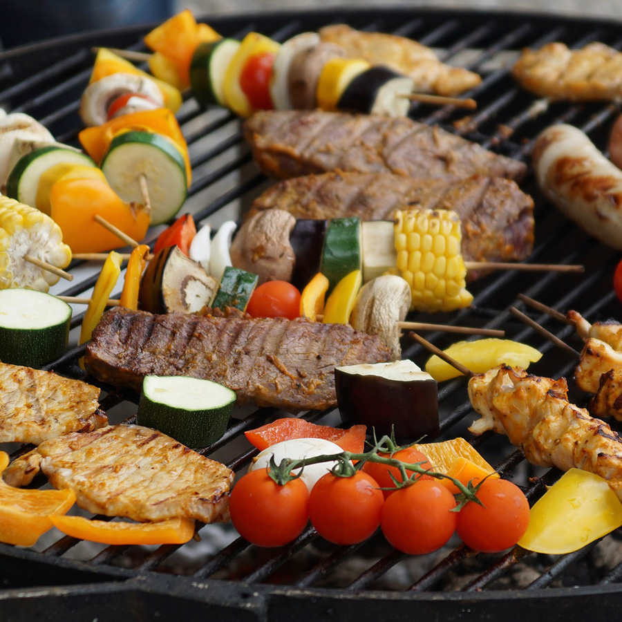 How to Create a Healthy Cookout